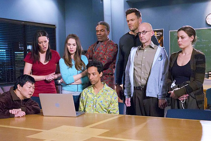community-season-6-hulu-pic