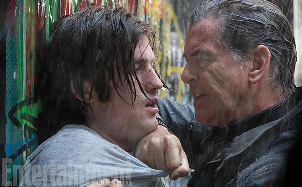 i-t-pierce-brosnan-crop